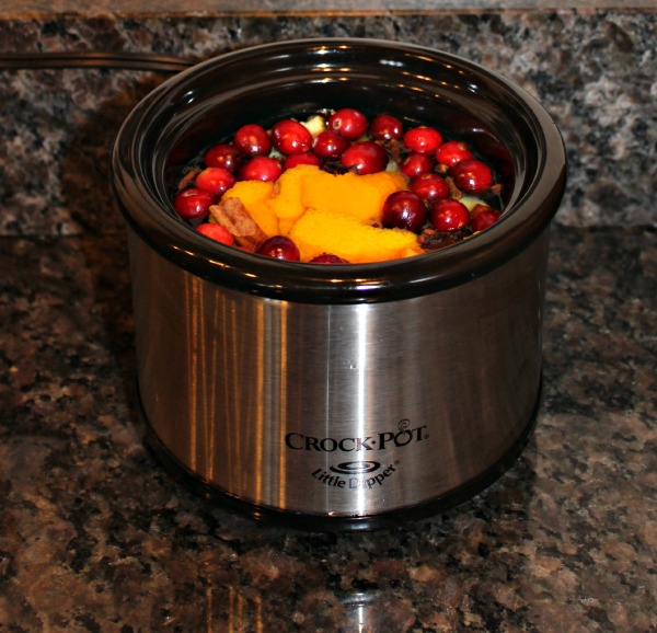 natural-room-scents-in-the-crockpot