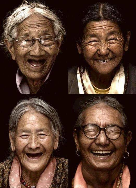 elder tibetan grandmothers